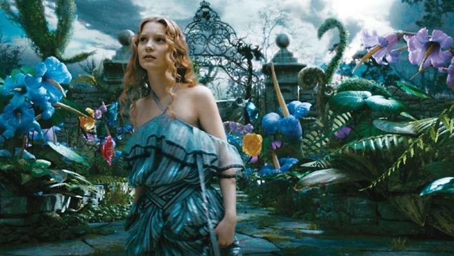 Дверь в Зазеркалье в тизере новой «Алисы» - Изображение 1