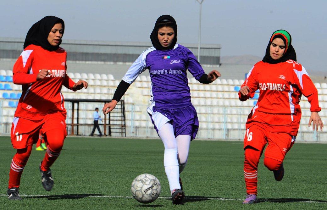 Женский футбол: Во-первых, это красиво... - Изображение 11