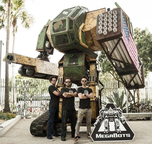 Американцы собирают деньги на улучшение гигантского робота - Изображение 1