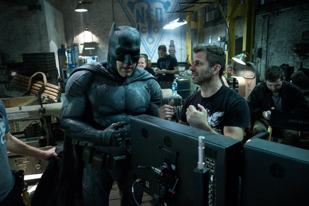 Снайдер свалил жестокость своего Бэтмена на Нолана и Бертона - Изображение 1