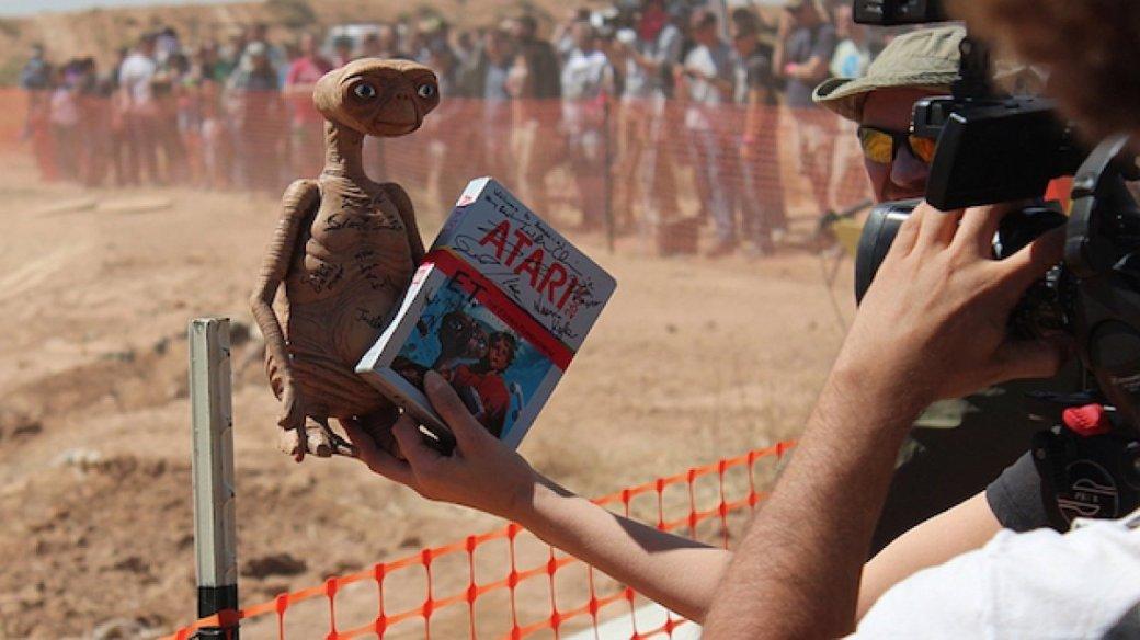 Выкопанные в Нью-Мексико картриджи с E.T. проданы за $107 000 - Изображение 1
