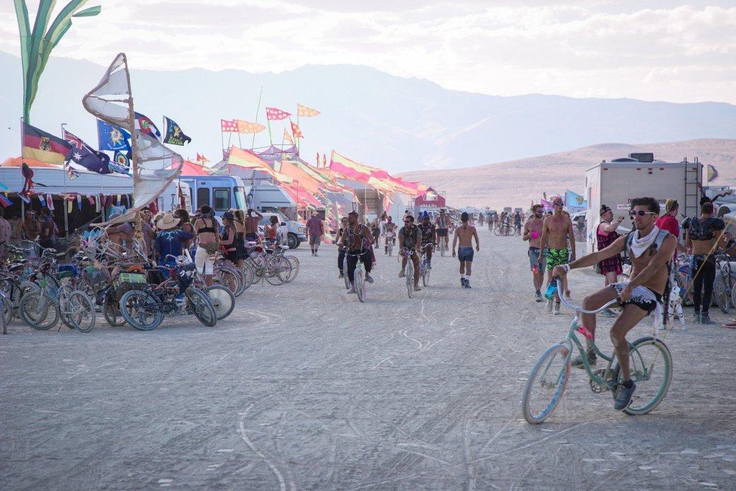 Фестиваль Burning Man 2016: безумие в пустыне - Изображение 4