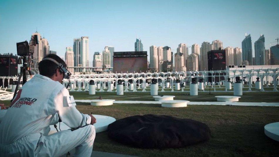 Первым чемпионом мира по гонкам дронов стал английский школьник - Изображение 1