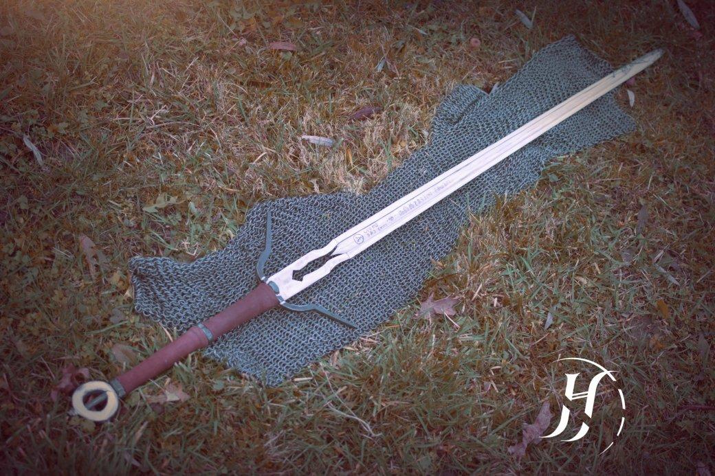 Мастер выковал идеальную реплику меча Цири из The Witcher 3 - Изображение 1