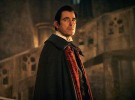 Бессмертный доктор Лектер с клыками. Каким получился «Дракула»от создателей «Шерлока»