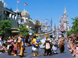 Похоже, скоро в парках развлечений Disney аниматроники начнут крутить «сальтухи»