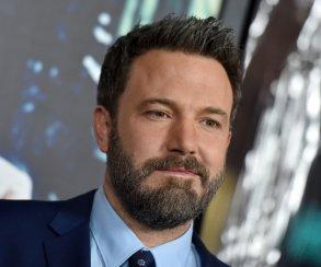 Слух: Бен Аффлек хочет сохранить засобой роль Бэтмена вкиновселенной DC