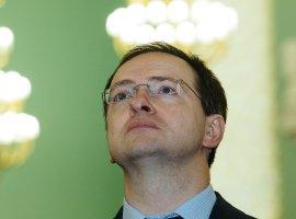 Владимир Мединский считает, что дети читают «нето, что нужно». Авиноваты снова смартфоны