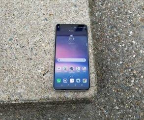 Представлена премиальная версия LG V30, которая стоит дороже iPhone X
