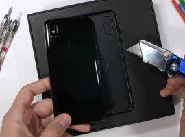 Слайдер Xiaomi MiMix 3прошел тесты напрочность