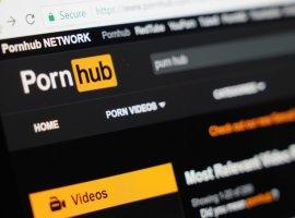 Только без рук. Что посмотреть на Pornhub кроме порно?