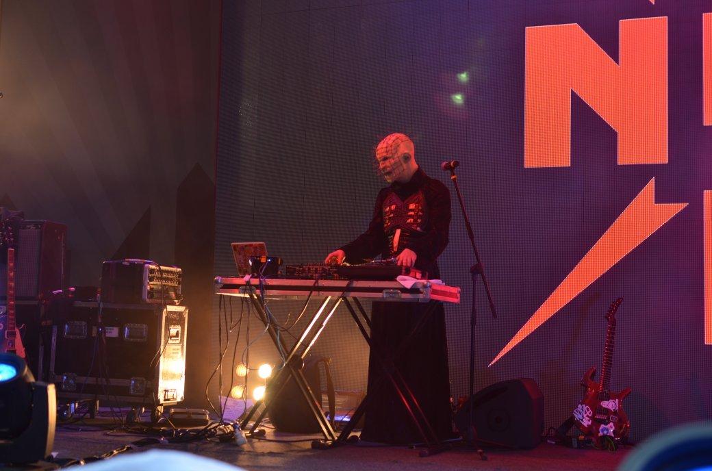 Фотоотчет с «Игромира» и Comic Con Russia, день 2 – концерт Noize MC | Канобу - Изображение 22