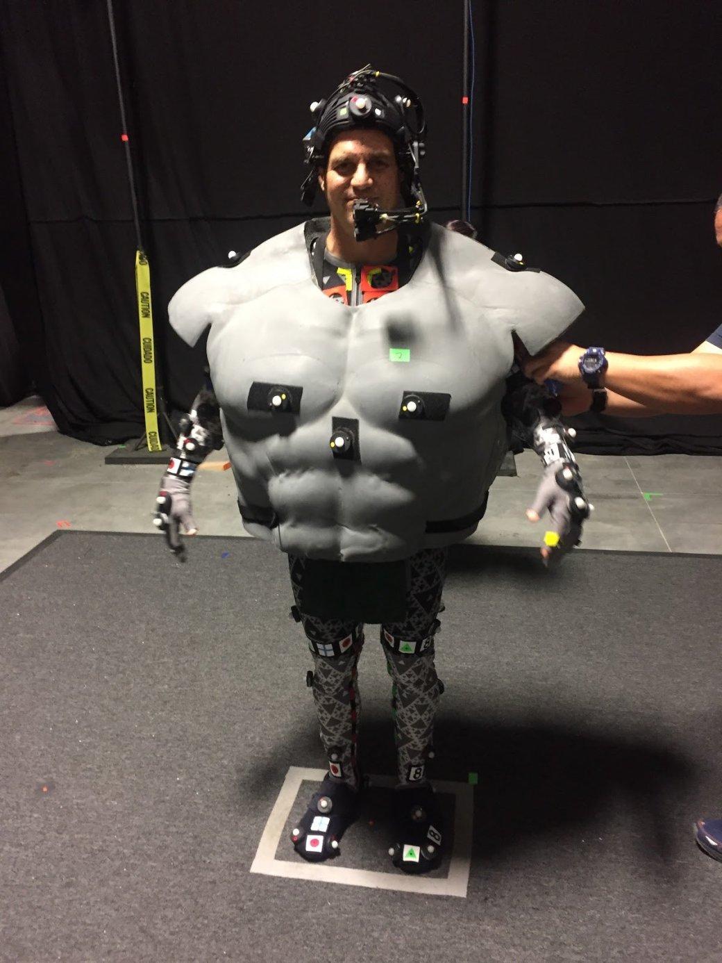 Марк Руффало показал «костюм», вкотором играл Халка. Онсмешной | Канобу - Изображение 0