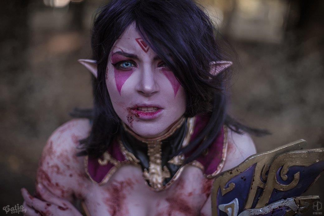 Девушка круто косплеит героев из Dota 2. Посмотрите на ее перевоплощение в Templar Assassin | Канобу - Изображение 775