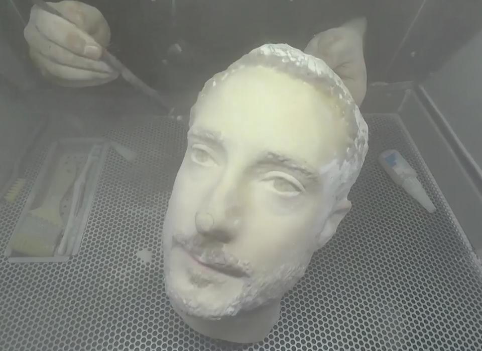 Журналисты разблокировали флагманские смартфоны с помощью распечатанной на 3D-принтере головы | Канобу - Изображение 6735